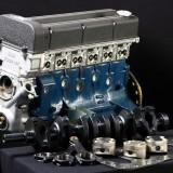 【画像】35年ぶりに復活した幻の3.2リットル直6エンジンとは