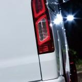 【画像】欧州車テイストな2連チューブ「LEDテールランプ」