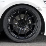 タイヤに合わせて、サスキットのスプリングのレートアップや、アライメント変更などは走りのよさを求めるには必要