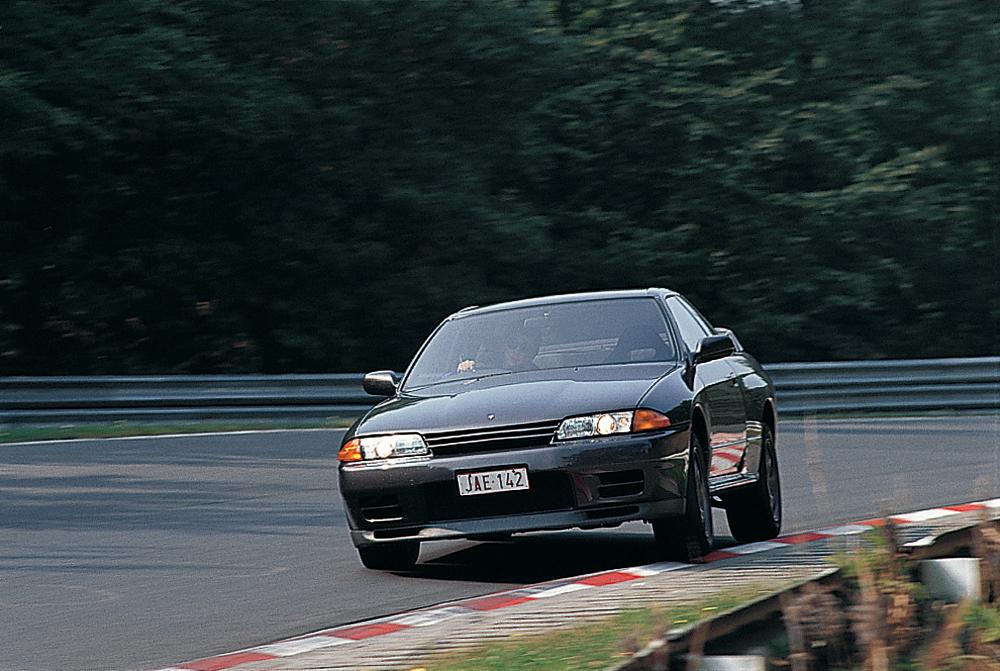 日産が初めてニュルブルクリンクでテストを行ったのは、R32スカイラインGT-Rの開発だった