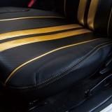 【画像】ファッション性と機能性を備えるハイエース用シートカバー