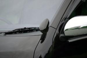 ディーキャトロのトヨタ・ハイエース用「スタイリッシュアンダーミラー」にブラックを追加