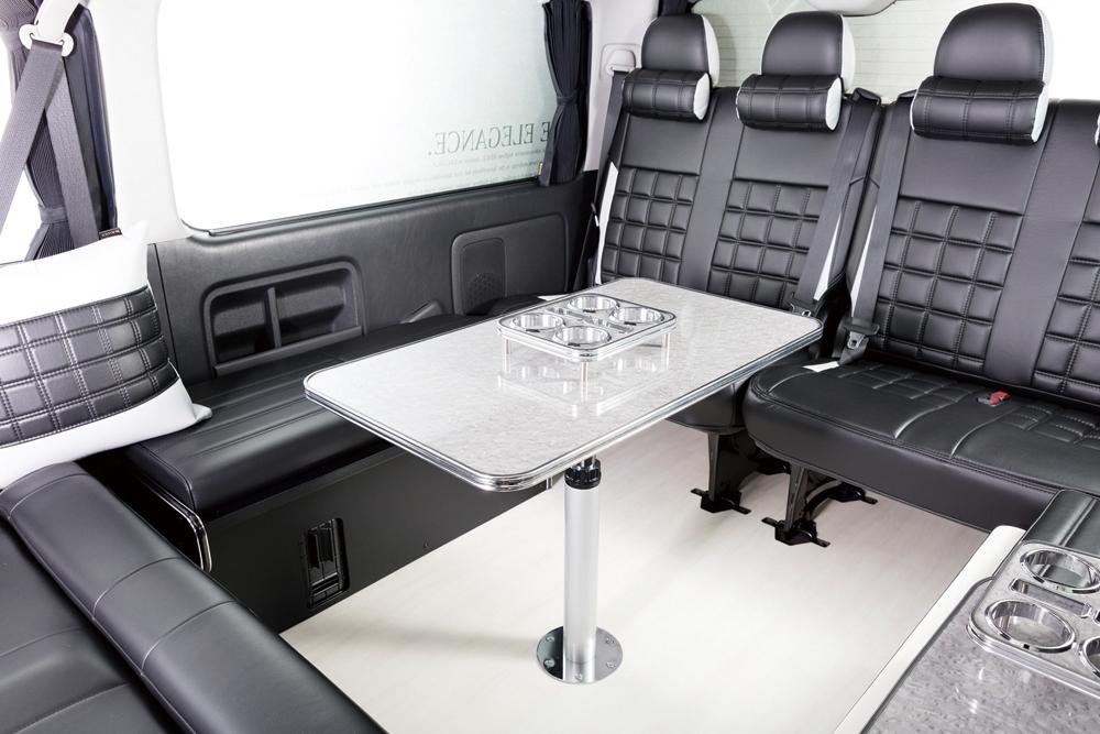 テーブルポールキットの価格は2万3800円。高さは48.5cm~68.5cmまで2cm刻みで調整可能