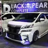 【画像】大阪オートメッセ「ブラックパール」からアル/ヴェルのコンプリートカーが登場