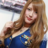 【画像】大阪オートメッセで見つけた「ちょいポチャ」キャンギャルが可愛い!