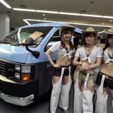 【画像】大阪オートメッセキャンギャル「ヘソ出しコスチューム」大全!