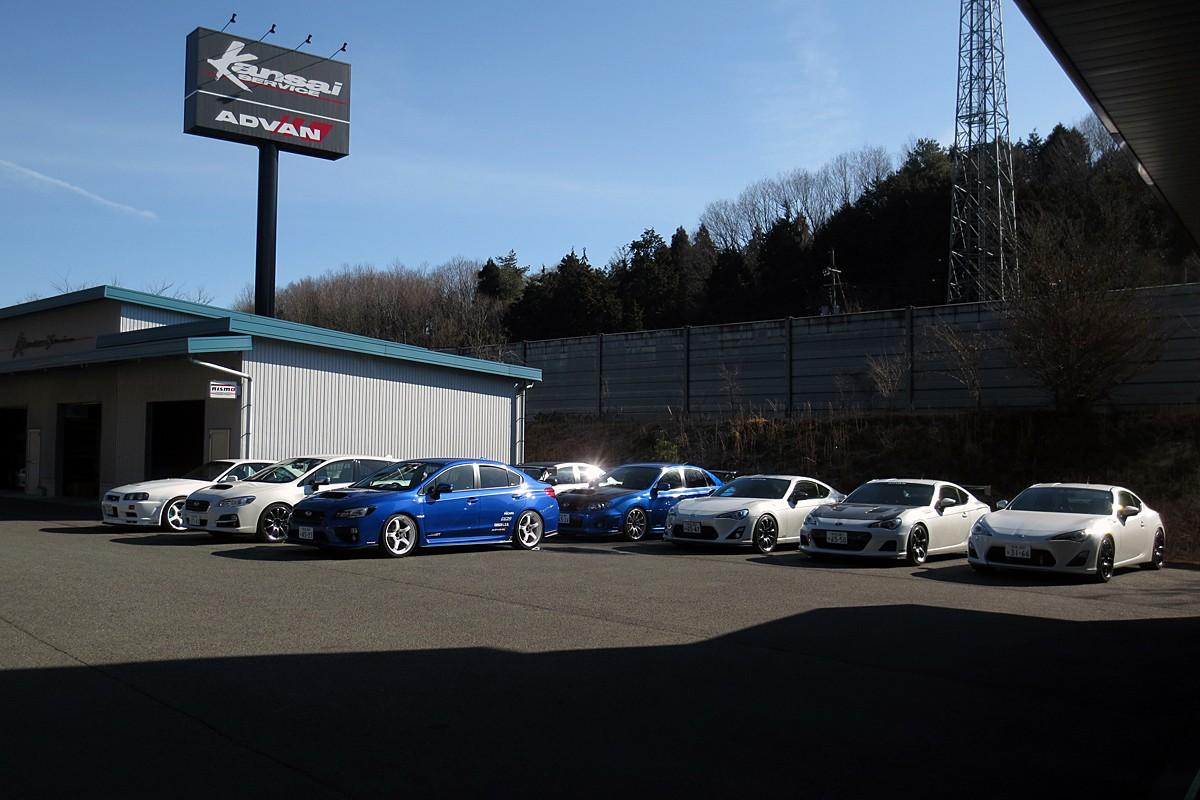 1000馬力の日産GT-RからホンダS660まで12台のチューンドカーに乗れる!