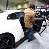 【画像】大阪オートサロン「レア」なスーパーカーに座れるビッグチャンス!
