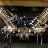 【画像】空気ではなく油圧で車高を自在に調整する「トリニティ」