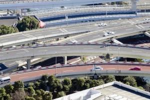どこが激変緩和?4月1日より首都圏内の高速道路料金は実質値上げ