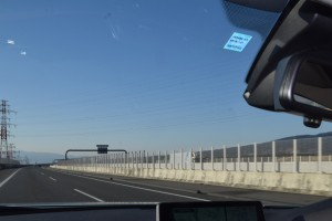 高速道路「制限速度120キロ引き上げ」のメリットとデメリット