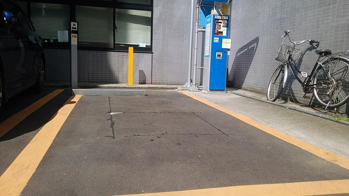 フラップレス駐車場