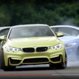 【画像】BMW歴代M3の間を「ドリフトで抜けるM4」の妙技【動画】
