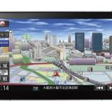 【画像】簡単装着の大画面9インチ・モニターナビ「ストラーダCN-F1D」登場!