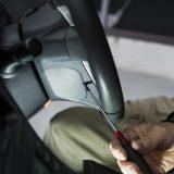 【画像】トヨタ30系プリウスのステアリングスイッチを交換