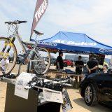 自動車用キャリアブランドの「THULE」も、最新サイクルキャリアを持ち込んで展示。自転車フリークには頼れる存在
