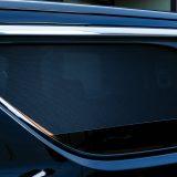 【画像】窓の開閉も可能でカンタン装着できる車種別「サンシェード」
