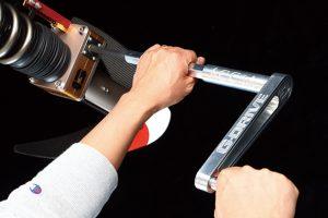 ジャッキアップなしで車高調整が可能「Gドライブ」サスペンション