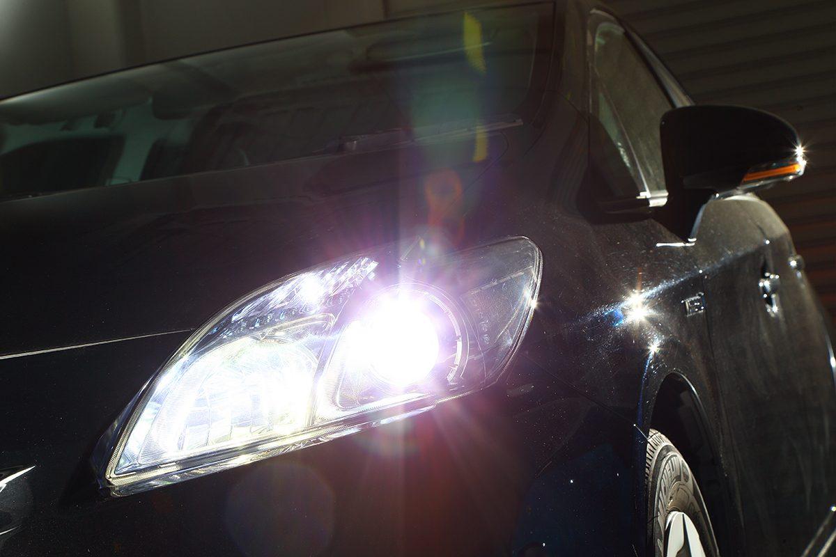 【DIY】ハロゲンバルブ交換と同感覚でヘッドライトを「LED化」
