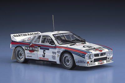 WRCでのランチャと言えばストラトスやデルタが有名だが、ランチャにおけるWRCでの最後の後輪駆動モデルとなった「037ラリー」の人気も高い。マルティニカラーをまとった1984年のツール・ド・コルスラリーでのウイナー車をモデル化。スケールは1/24。価格は¥3,000