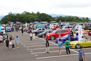 ワゴン、Kカー、アメ車に1BOX! ドレスアップ車が大集合した「カスタムジャパン」