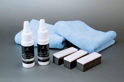 液体コンパウンド ¥2,980 例えばボンネットだけ塗り直したいとなった場合など、古いコーティング剤を落とすときに使用する