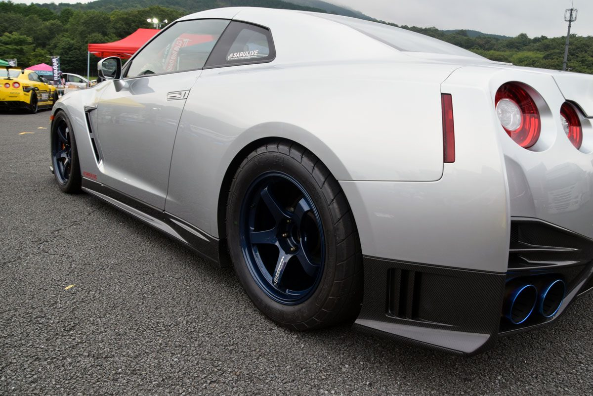 後輪のほうが小径なホイールを履くR35GT-Rの真意とは