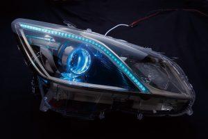 LEDの数よりデザイン性が重視されるヘッドライトメイク