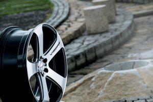 ミニバン/SUVに似合う極太5スポーク『ヴェネルディ・ヴィゴーレ』