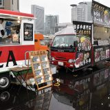 【画像】珍車・お宝車をベースにする「キッチンカー」がオモシロイ!