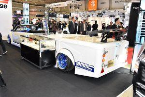 200kg積載可能!世界初スポーツタイプ「カーゴトレーラー」【東京オートサロン2017】