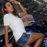 【画像】もしやチラリ⁉︎大阪オートメッセで見つけた「ローアングル」が似合うキャンギャルBESTセレクト!