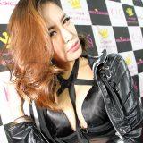 【画像】大阪オートメッセで見つけたムチムチな「セクシーギャル」総集編!
