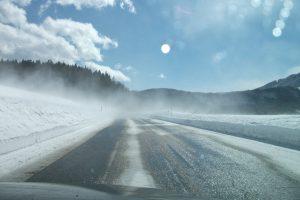 【知ってまっか】冬こそタイヤの空気圧を高めに