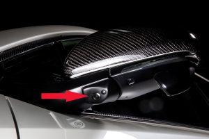助手席前方の死角をモニターで確認!視界が広がり安全性がアップ【PR】