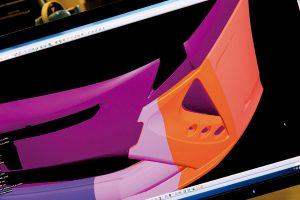 【工場見学】3Dプリンターでエアロパーツを作るってマジ!?