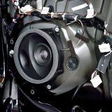 【画像】静粛性の高いハイブリッドカーこそ高音質スピーカーの実力が発揮できる!