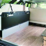 【画像】車中泊も可能な「ハイエースコンプリートカー」は車両価格+10万円から