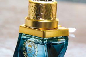 女性にモテる香り「サムライ」が自動車用芳香剤に