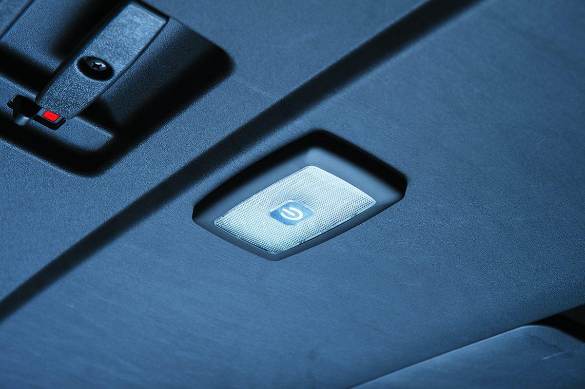 LEDルームランプ、クイックタッチ、触れるだけでスイッチON&OFF