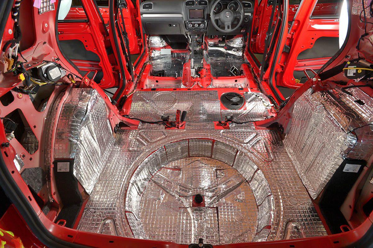 車内を快適空間に変える 『サイレントコート』ってなんだ!?