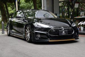 電気自動車「テスラ」をサウンドアップする専用オーディオシステム登場