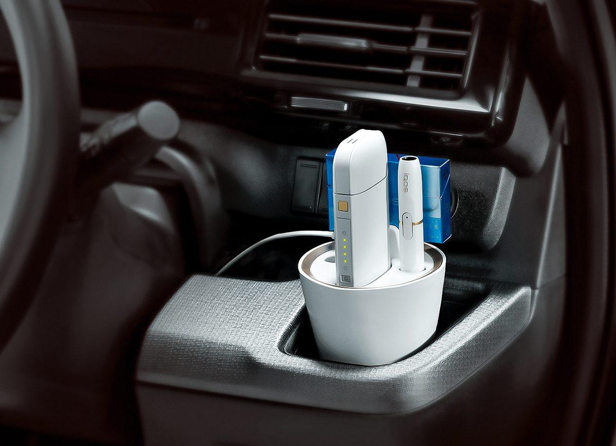 「iQOS」の置き場や充電はどうしてる? 車内で使える便利グッズ4選