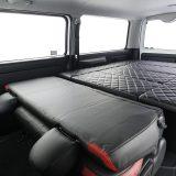 【画像】カンタン装着!!  収納可能なベッドマットはラゲッジルームにも大変身