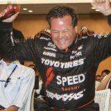 【画像】超過激にサーキットを激走!スーパートラックレース「ロビー・ゴードン選手」が来日