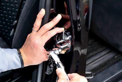 ドアスタビライザー TRD ドアストライカー