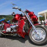 V8搭載バイク「ボスホス」が放つ問答無用の存在感【スーパーアメリカンフェスティバル2017】