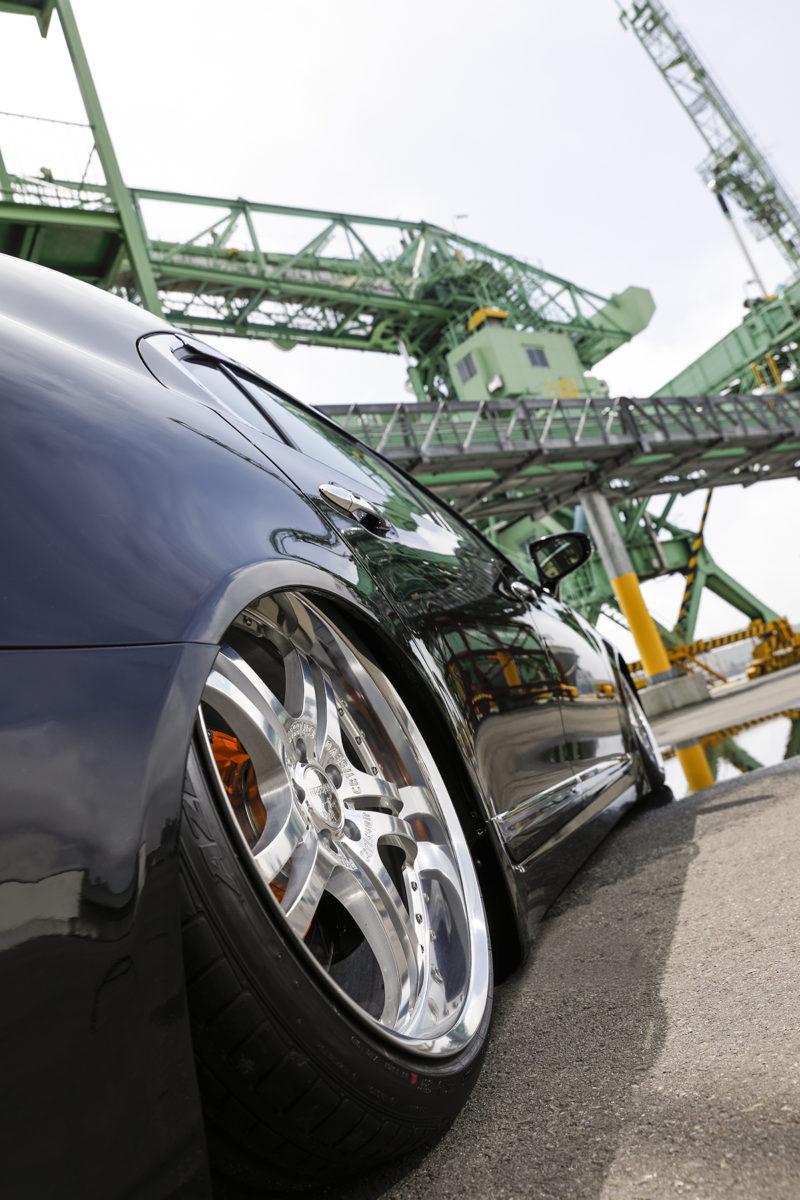 TFLコンプリート レクサスLS VIPスタイル カバーカー