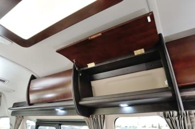 アルヴェルエース、ダイレクトカーズ、プレミアムラウンジ2、キャプテンシート、2段ベッド