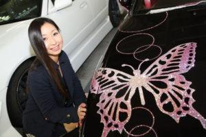輝く蝶が舞う!存在感満点のS13シルビアと撫子ドリフター【東京ガールズカーコレクション】